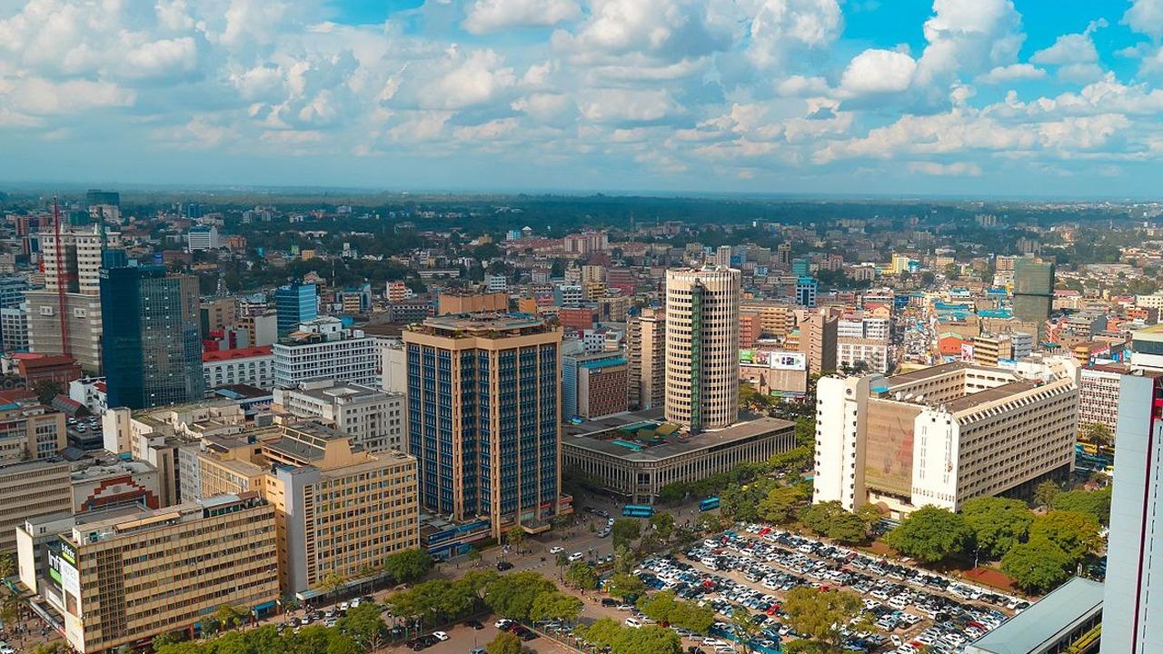 Mbeturinat në Nairobi/Bletët shpresëdhënëse