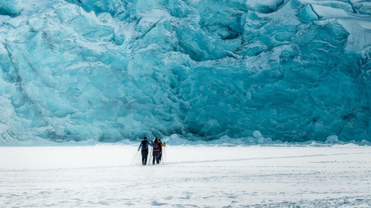 Në ndjekje të akullnajave